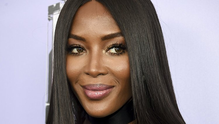 Naomi Campbell en los Fragrance Foundation Awards