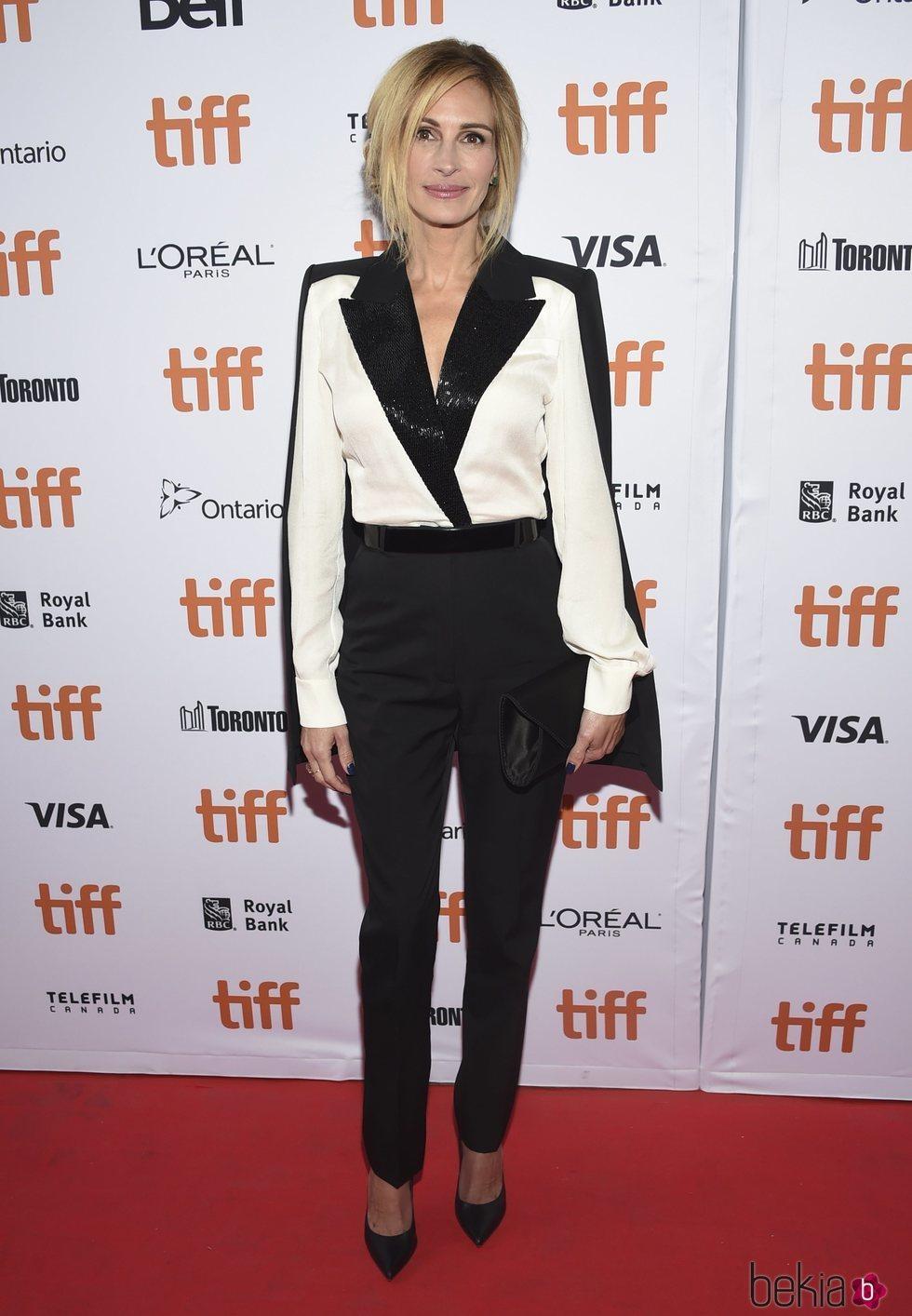 Julia Roberts en la premier de 'Homecoming'