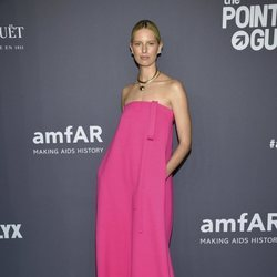 Karolina Kurkova en la gala amFAR 2019