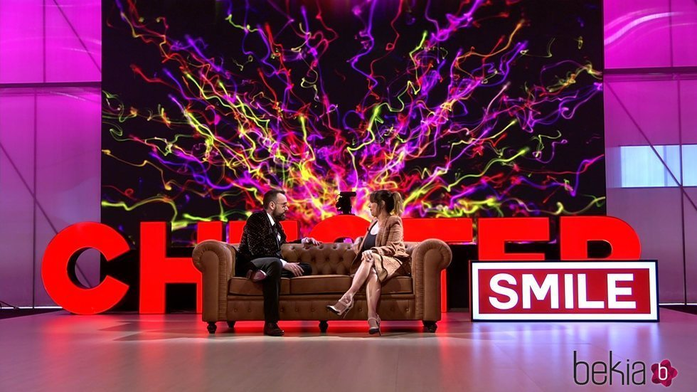 Yolanda Ramos hablando con Risto Mejide en 'Chester Smile'