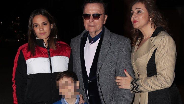 Gloria Camila, José Ortega Cano y Ana María Aldón en el cumpleaños de José María Ortega