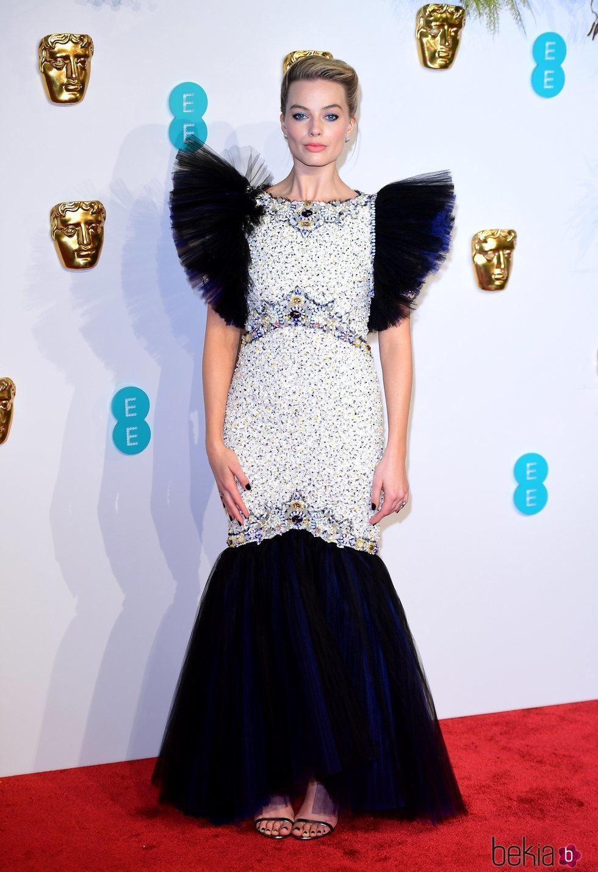 Margot Robbie en la alfombra roja de los Premios BAFTA 2019