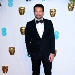 Bradley Cooper en la alfombra roja de los Premios BAFTA 2019