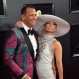 Jennifer Lopez y Alex Rodríguez en la alfombra roja de los Grammy 2019