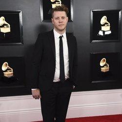 Anderson East en la alfombra roja de los Grammy 2019