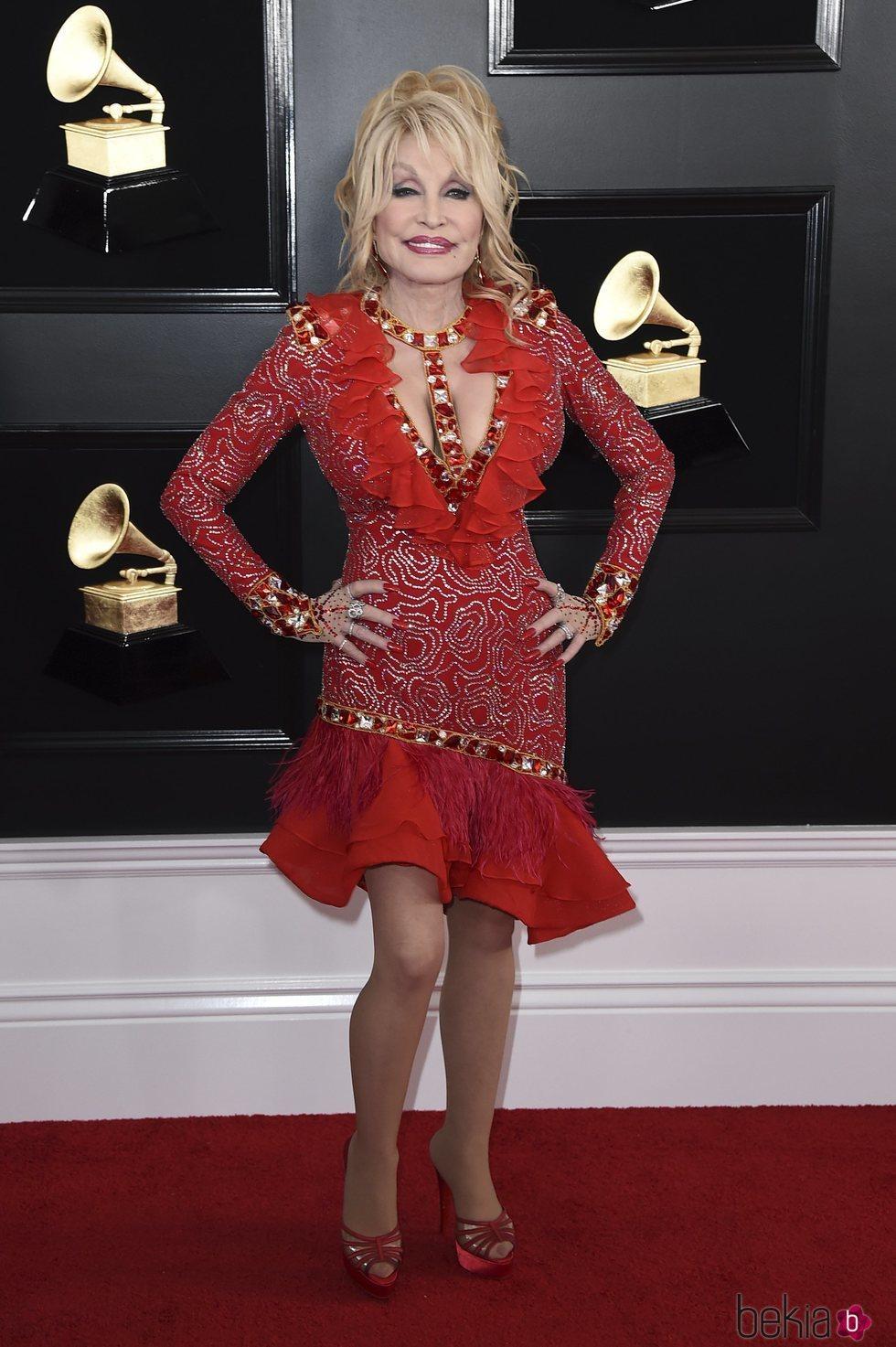Dolly Parton en la alfombra roja de los Grammy 2019