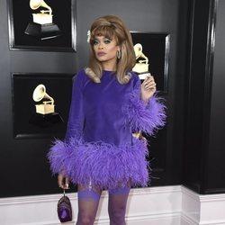 Andra Day en la alfombra roja de los Grammy 2019