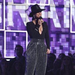 Alicia Keys presentando la entrega de los Grammy 2019