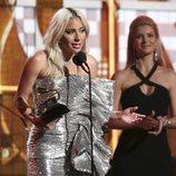Lady Gaga da un discurso tras recibir un Grammy 2019