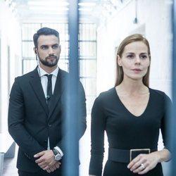 Jesús Castro y Miryam Gallego en una escena de 'Secretos de Estado'