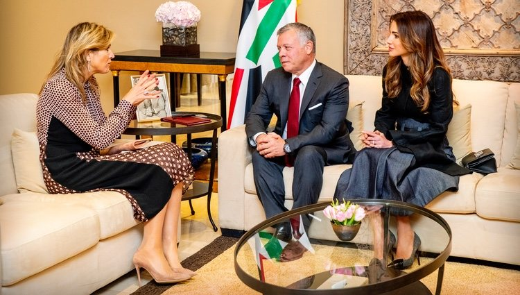 Máxima de Holanda durante su reunión con Abdalá y Rania de Jordania
