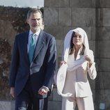 Los Reyes Felipe y Letizia en el Mausoleo de Mohamed V y Hassan II durante su Viaje de Estado a Marruecos