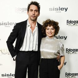 Paco León y su mujer en la cena de nominados de los Fotogramas de Plata 2018