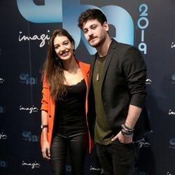 Ana Guerra y Cepeda posan juntos presentando una gira conjunta