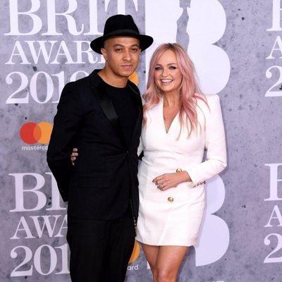 Jade Jones y Emma Bunton en la alfombra roja de los Brit Awards 2019