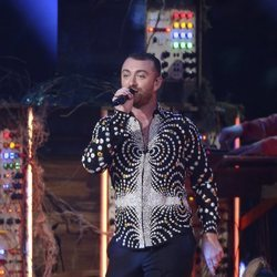 Sam Smith actuando en los Brit Awards 2019