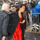 Amal Clooney en el baby shower de Meghan Markle