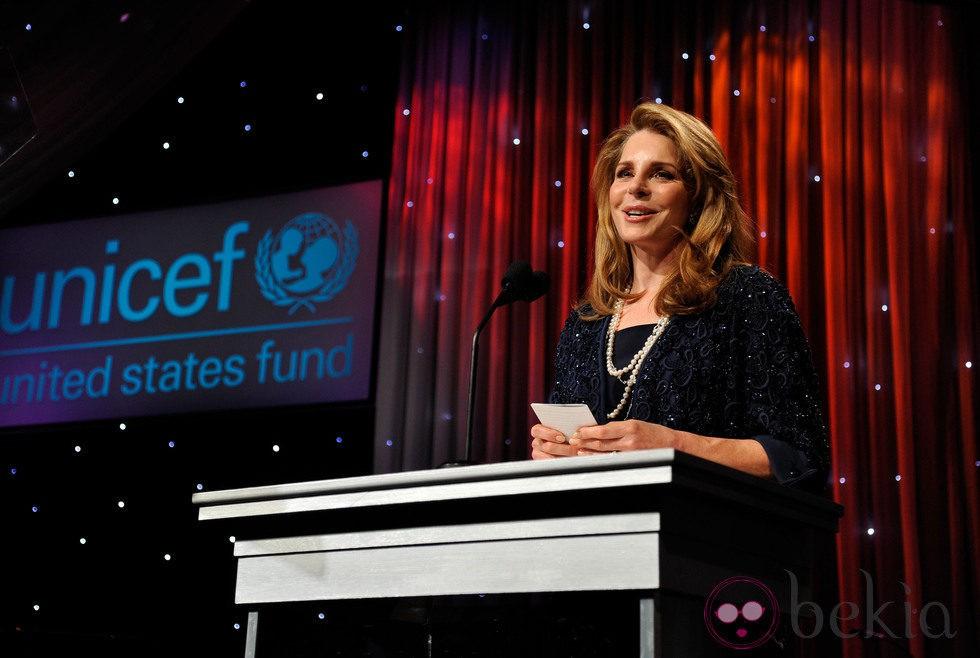 La Reina Noor de Jordania en la gala Unicef Ball 2011