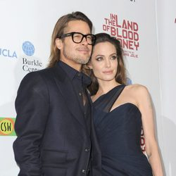Brad Pitt y Angelina Jolie en el prestreno de 'In The Land Of Blood And Honey'