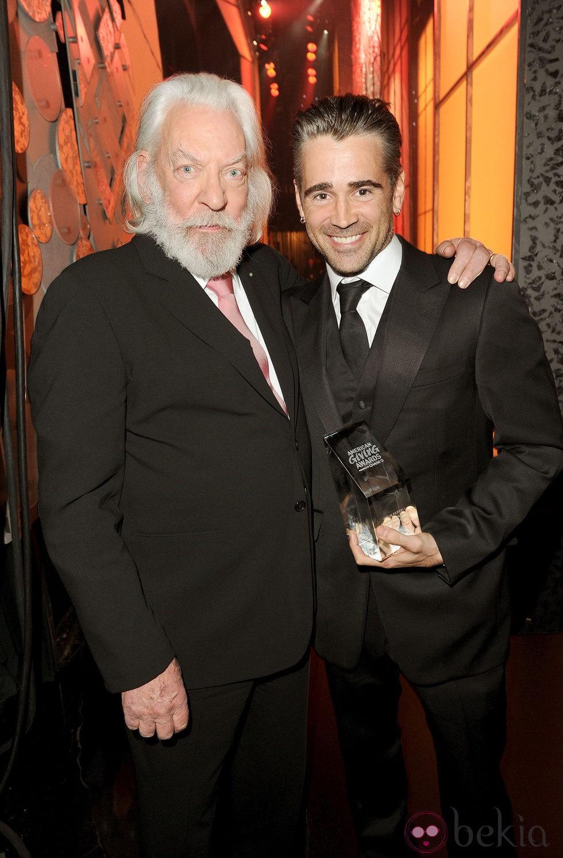 Donald Sutherland y Colin Farrell en los premios American Giving Awards