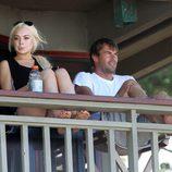 Lindsay Lohan en Hawai con un amigo