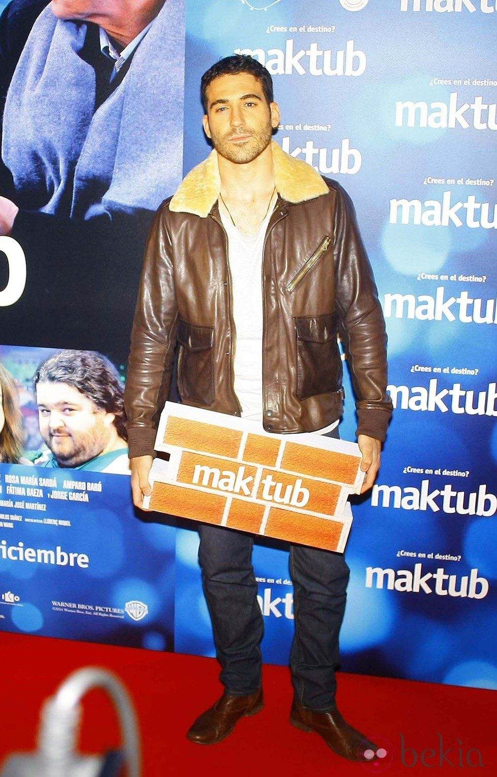 Miguel Ángel Silvestre en el estreno de 'Maktub'