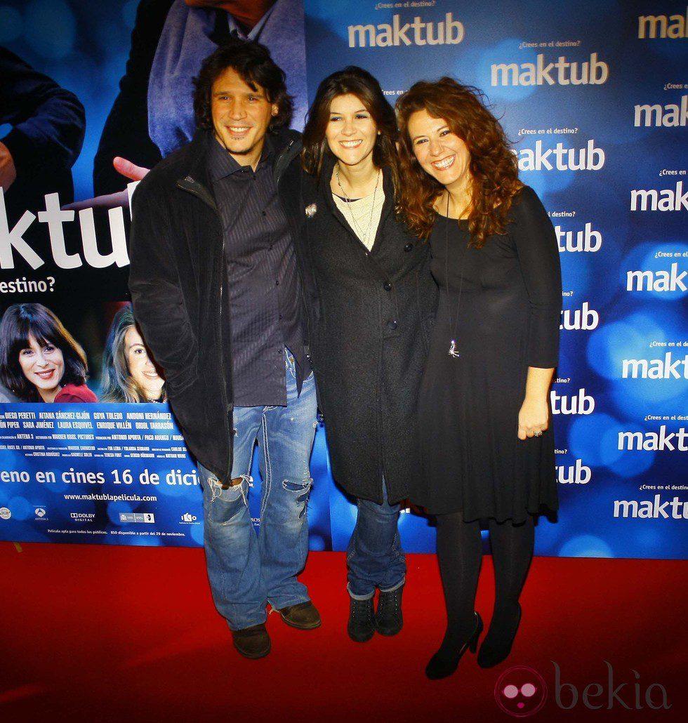 Sergio Peris Mencheta, Marta Solaz y Fátima Baeza en el estreno de 'Maktub'
