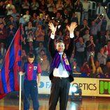 Iñaki Urdangarín en su despedida como jugador de balonmano en 2001