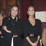 Isabel Preysler junto a su hermana fallecida, Beatriz