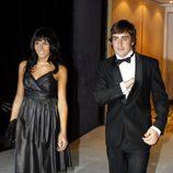 El piloto Fernando Alonso y la cantante Raquel del Rosario