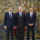 Mariano Rajoy, el Rey y José Luis Rodríguez Zapatero en Zarzuela