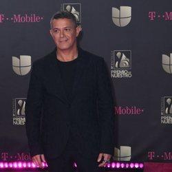 Alejandro Sanz en los premios Lo Nuestro 2019
