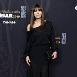 Monica Bellucci en la alfombra roja de los Premios César 2019