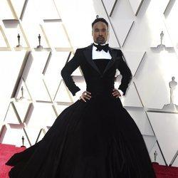 Billy Porter en la alfombra roja de los Premios Oscar 2019