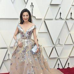 Michelle Yeoh en la alfombra roja de los Premios Oscar 2019