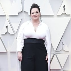 Melissa McCarthy en la alfombra roja de los Premios Oscar 2019