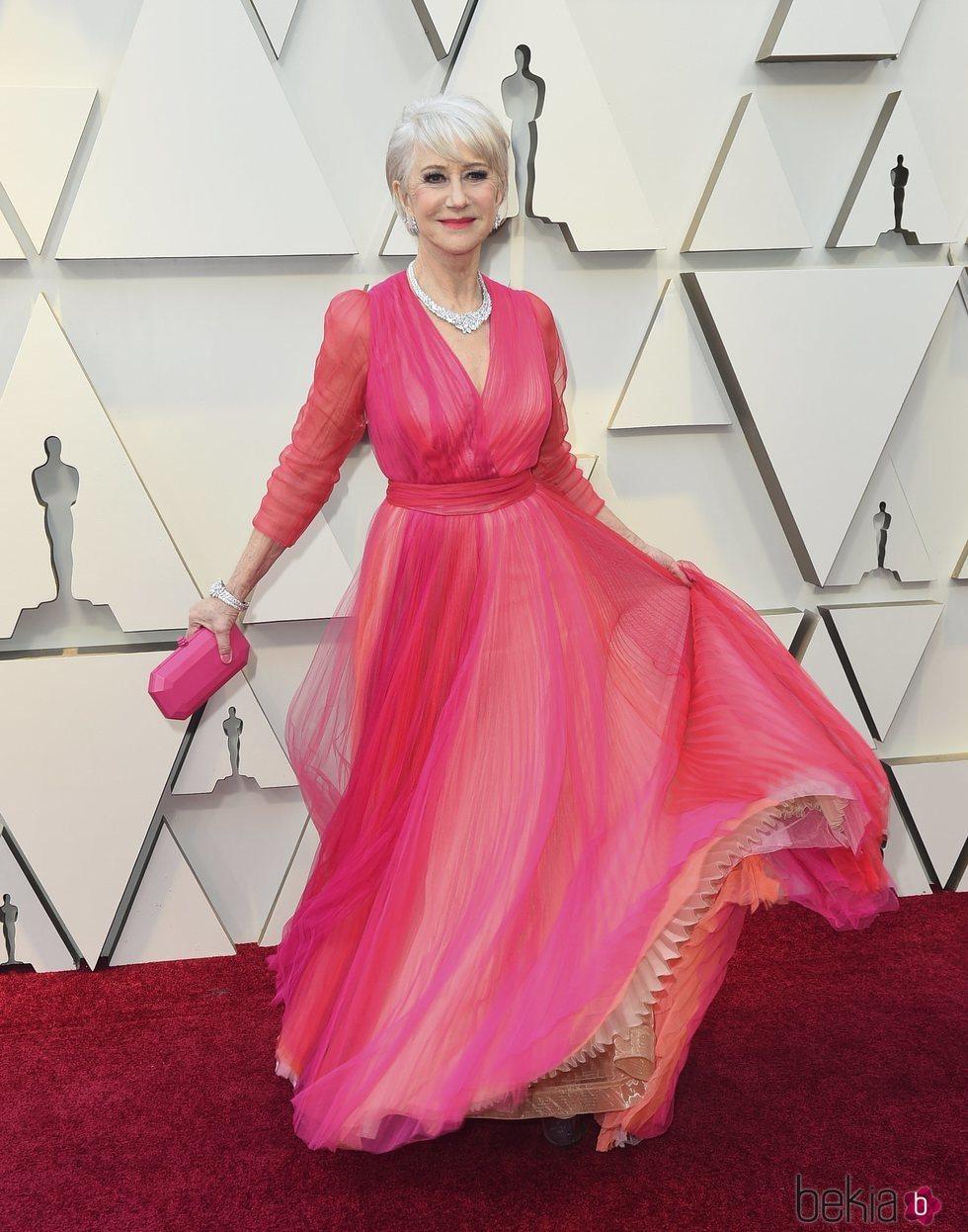 Helen Mirren en la alfombra roja de los Premios Oscar 2019