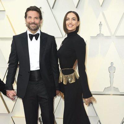 Bradley Cooper e Irina Shayk en la alfombra roja de los Premios Oscar 2019
