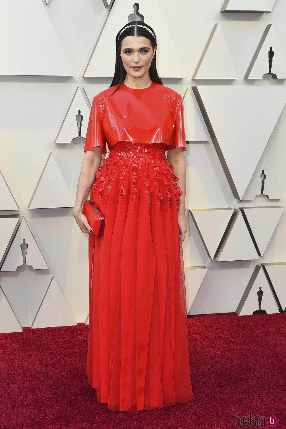 Rachel Weisz en la alfombra roja de los Premios Oscar 2019