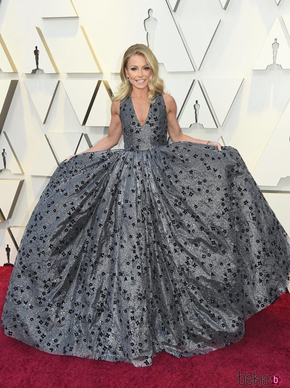 Kelly Ripa en la alfombra roja de los Premios Oscar 2019