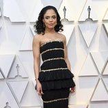 Tessa Thompson en la alfombra roja de los Premios Oscar 2019