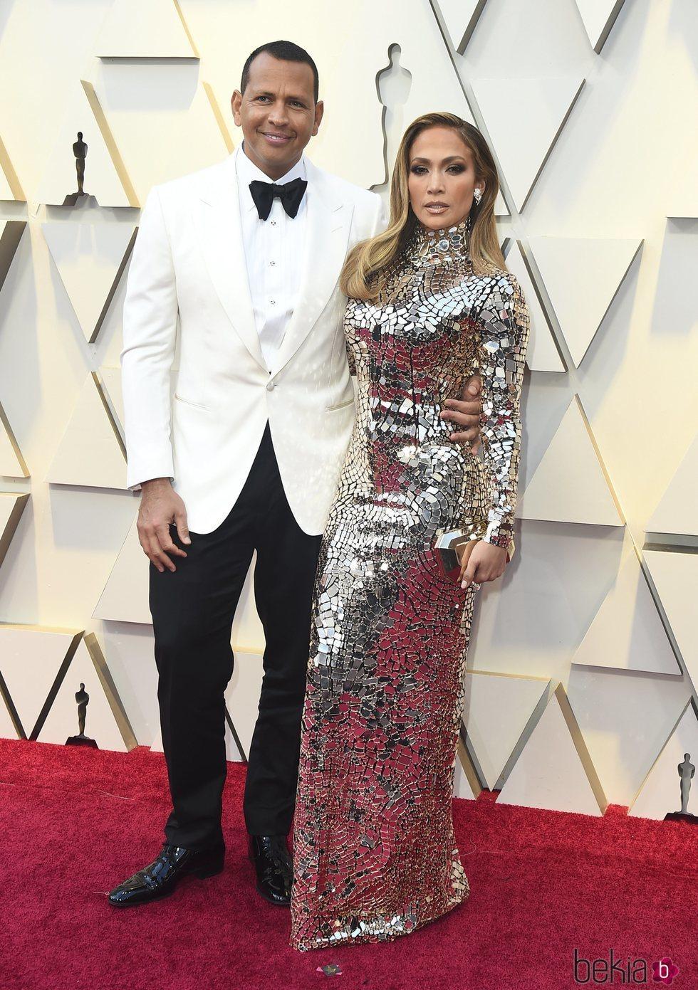 Jennifer Lopez y Alex Rodríguez en la alfombra roja de los Premios Oscar 2019