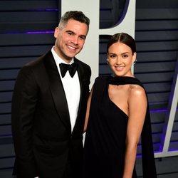 Jessica Alba y Cash Warren en la fiesta Vanity Fair tras los Premios Oscar 2019