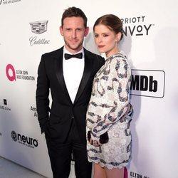 Jamie Bell y Kate Mara en la fiesta de Elton John tras los Premios Oscar 2019