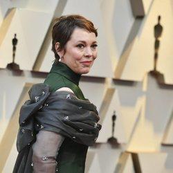 Olivia Colman en la alfombra roja de los Premios Oscar 2019