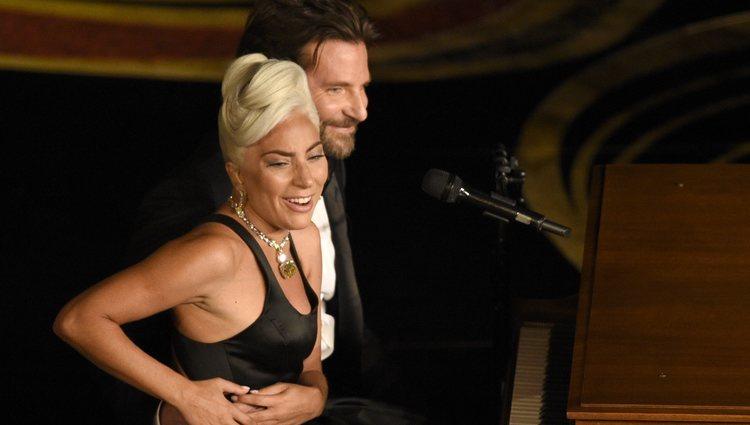 Lady Gaga y Bradley Cooper durante su actuación en los Oscar 2019