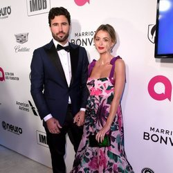Brody Jenner y Kaitlynn Carter en la fiesta de Elton John tras los Premios Oscar 2019