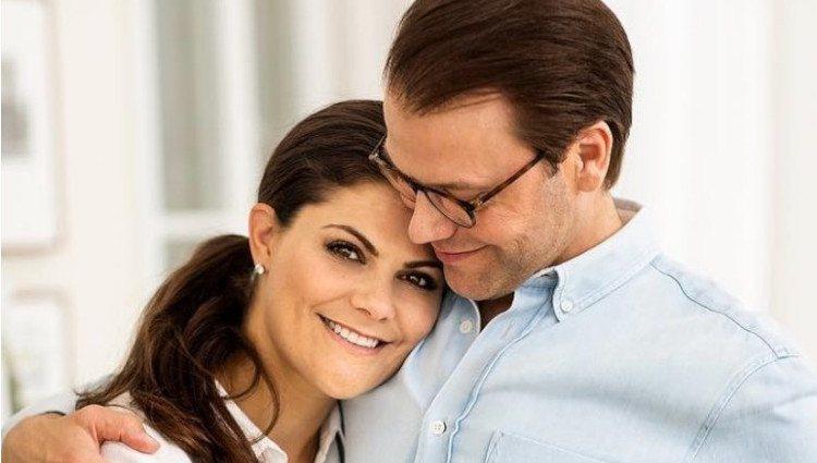 Victoria y Daniel de Suecia celebran los 10 años de su compromiso