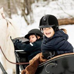 Estela de Suecia y su hermano, el Príncipe Óscar