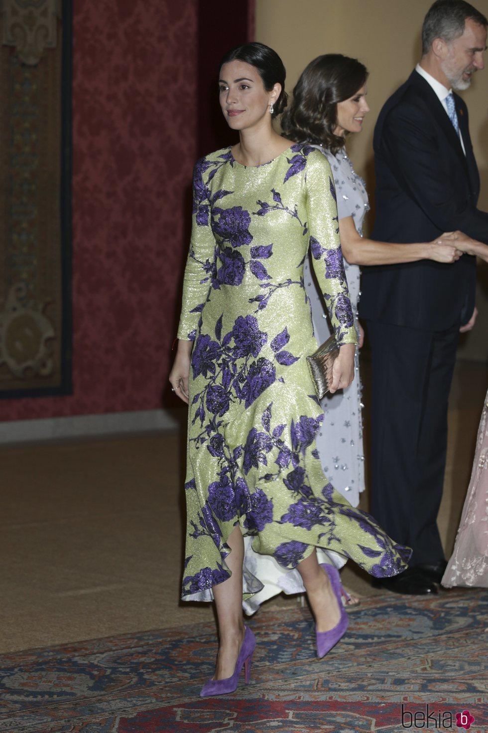 Alessandra de Osma tras saludar a los Reyes Felipe y Letizia en la cena por la Visita de Estado del Presidente de Perú, Martín Vizcarra